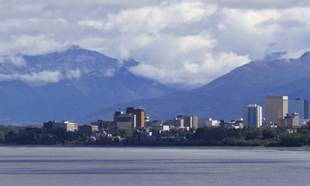 Alaska marijuana business owners to gain access to financial services